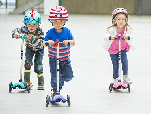 Làm thế nào để mua một chiếc scooter tốt cho bé chơi