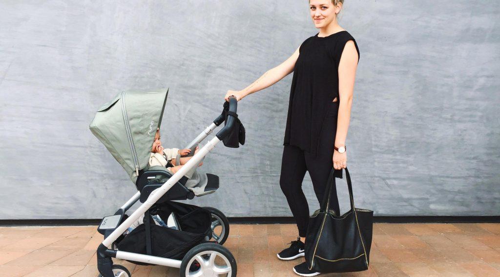 Sử dụng xe đẩy trẻ em