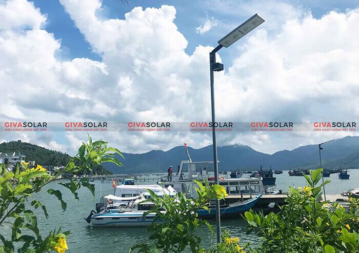 ứng dụng đèn đường năng lượng mặt trời 5