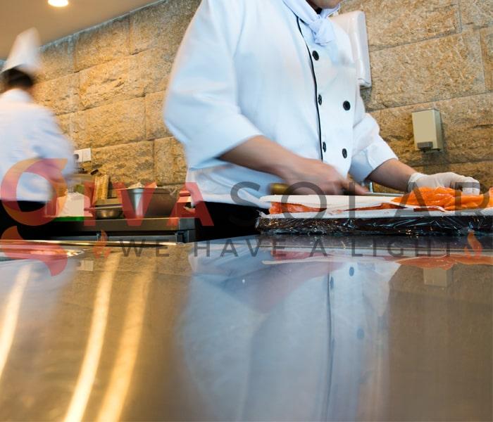 Sử dụng đèn trang trí quán ăn thu hút khách hàng 4