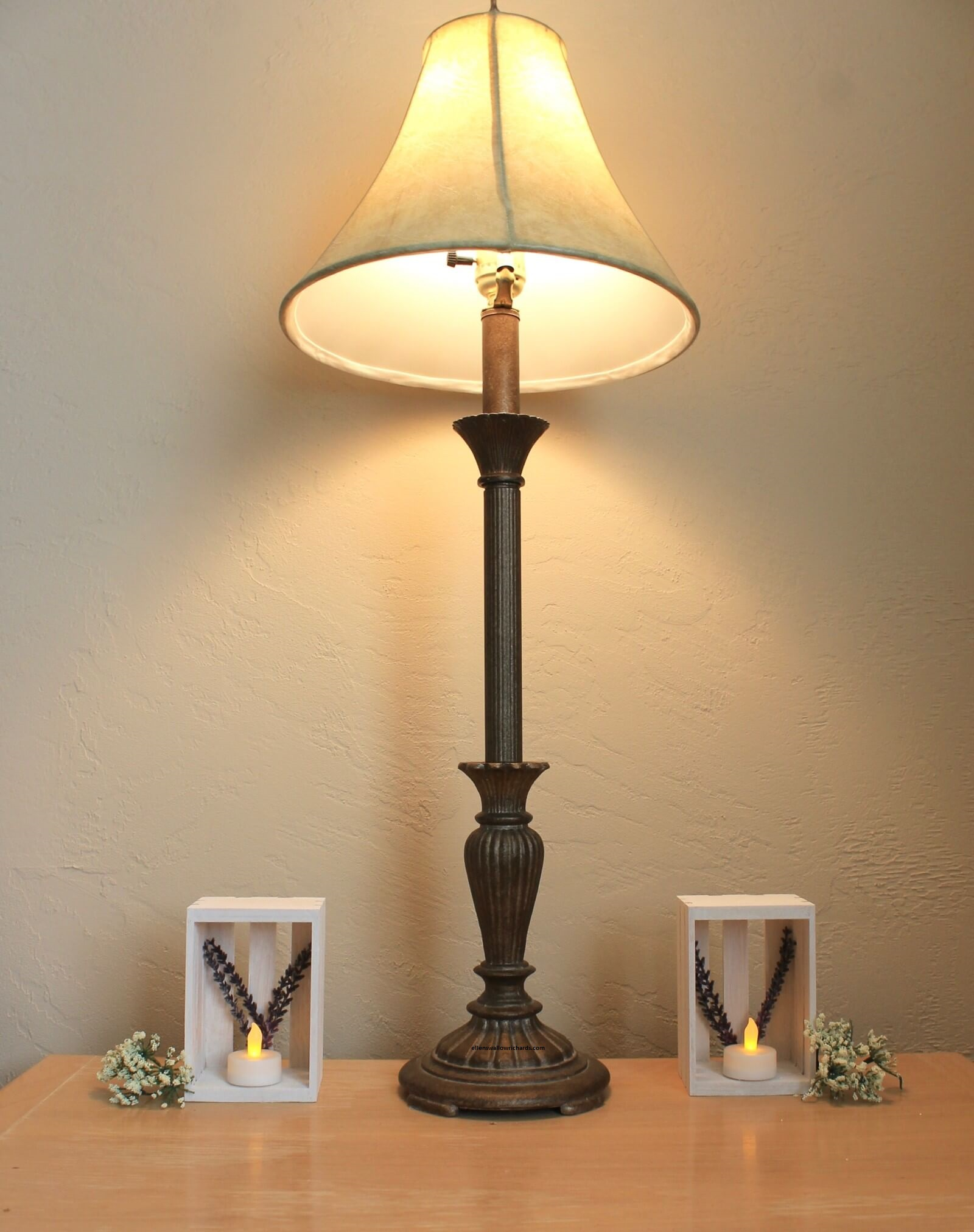 đèn trang trí đơn giản